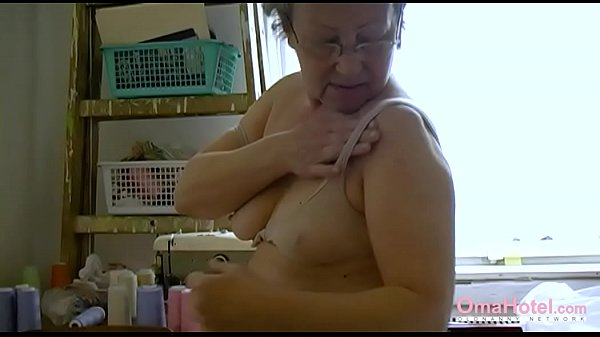 Hairy pussy, Hairy mature